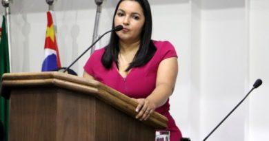 Joice Silva homenageia a todas as Advogadas através de Myrthes Campos, a primeira advogada do Brasil