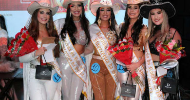 Itapecerica da Serra elege rainha e princesas da 41ª Festa do Peão de Boiadeiro